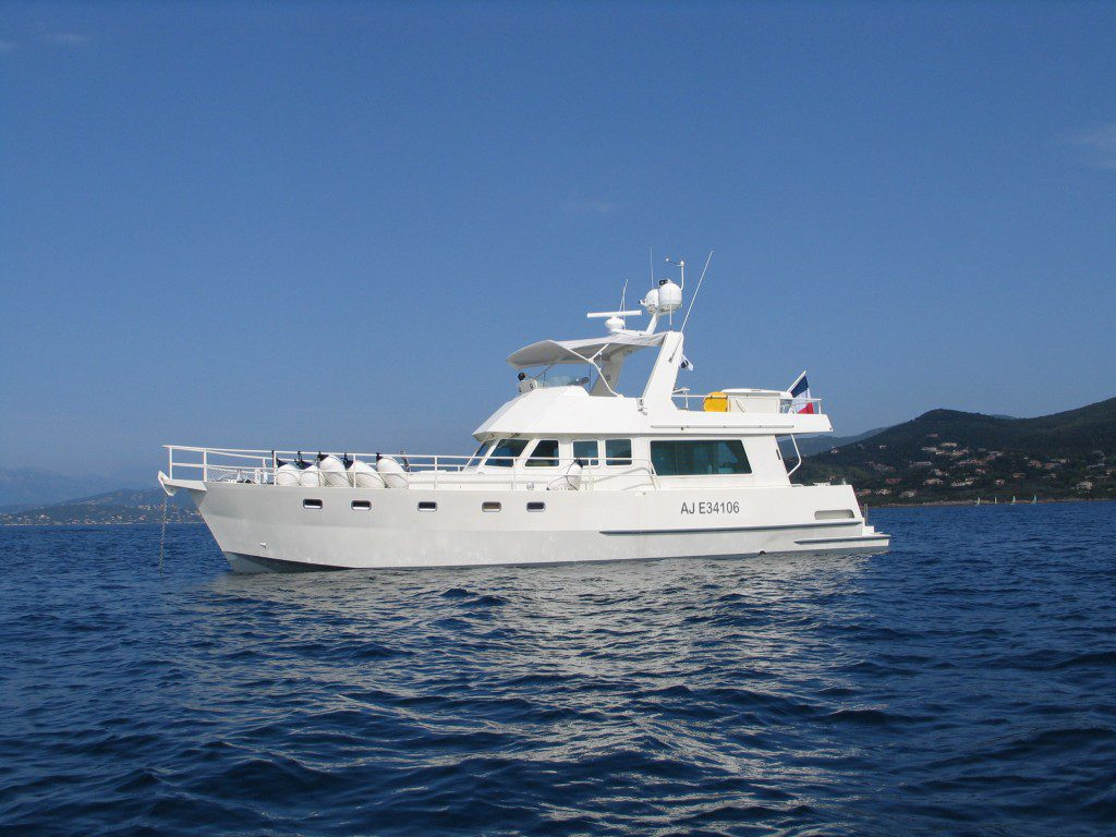Bateau Trawler 16 mètres JN 52